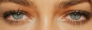 eyes of Denise~Richards