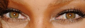 eyes of Tyra~Banks