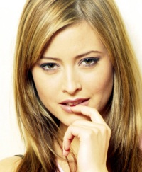 Holly Valance.jpg face